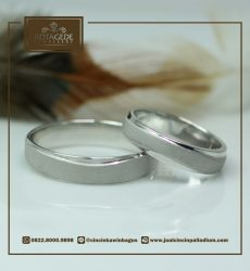 doff glossy ring