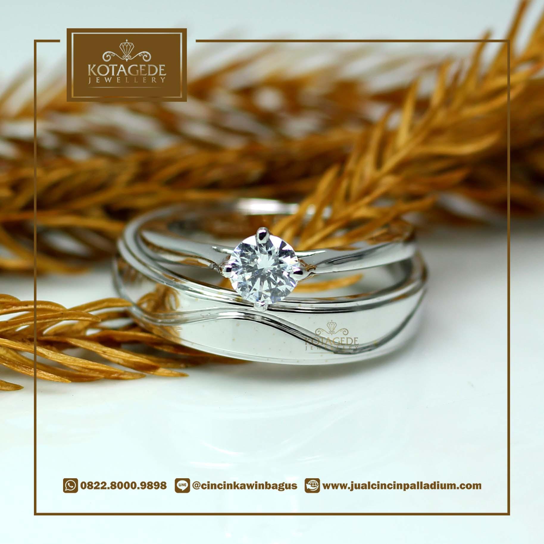 Exclusive Platinum: Cincin Kawin Tunangan Exclusive Platinum Sepasang PT002
