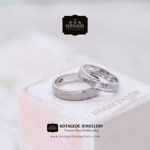 Cincin Nikah Exclusive Platinum Emas Putih PT0075WG