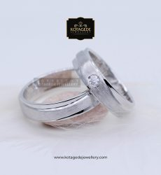 Cincin Kawin Tunangan Palladium Putih Simple PD0089