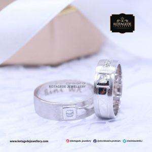 Cincin Kawin Tunangan Platinum Emas Putih Exclusive PT0075WG