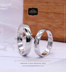Cincin Kawin Tunangan Platinum Couple PT0022