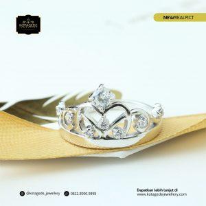 Cincin Kawin Tunangan Platinum  Mahkota PT0163