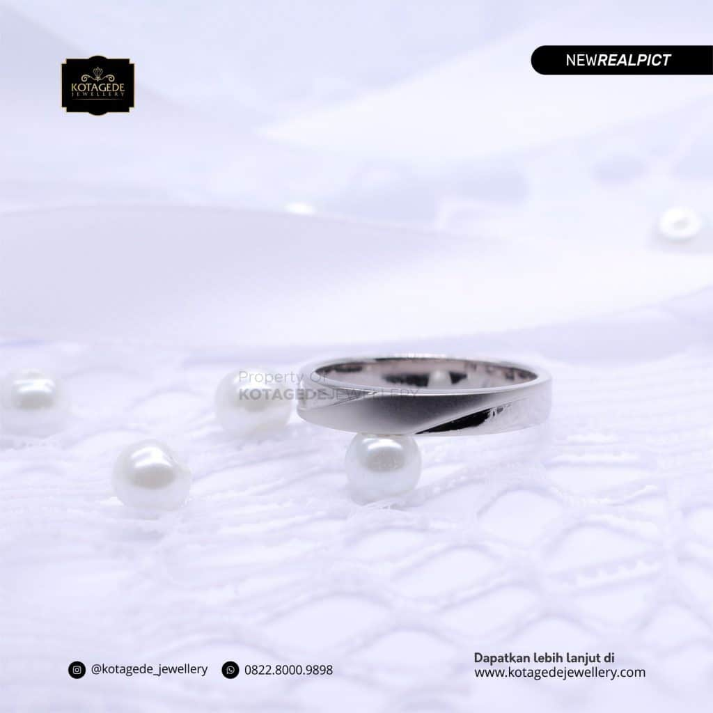 Cincin Kawin Tunangan Emas Putih Premium PT0196