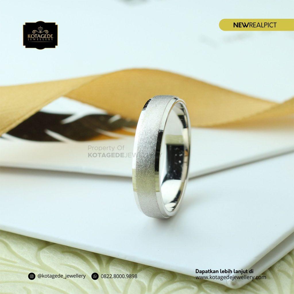 Cincin Kawin Tunangan Emas Putih Premium WG0189