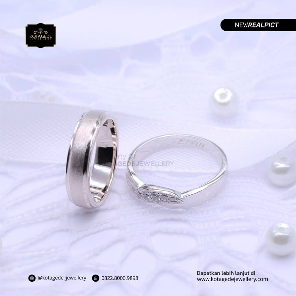 Cincin Kawin Tunangan Platinum Emas Putih Premium PT0206WG