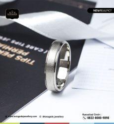 Cincin Kawin Tunangan Platinum Doff PT0242