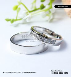 Cincin Kawin Tunangan Platinum Emas Putih Premium PT0223WG