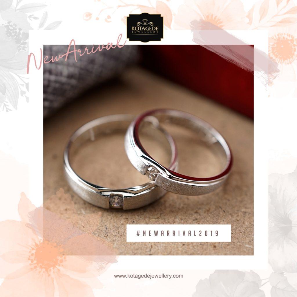 Cincin Kawin Tunangan Platinum Emas Putih PT0266WG