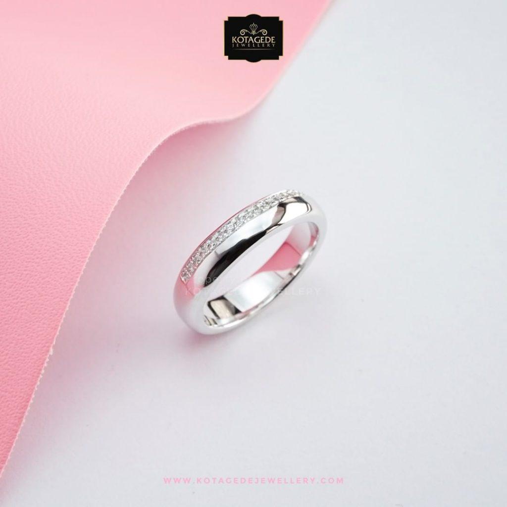 Cincin-Kawin-Tunangan-Simpel-Elegan-Emas-Putih-WG0306
