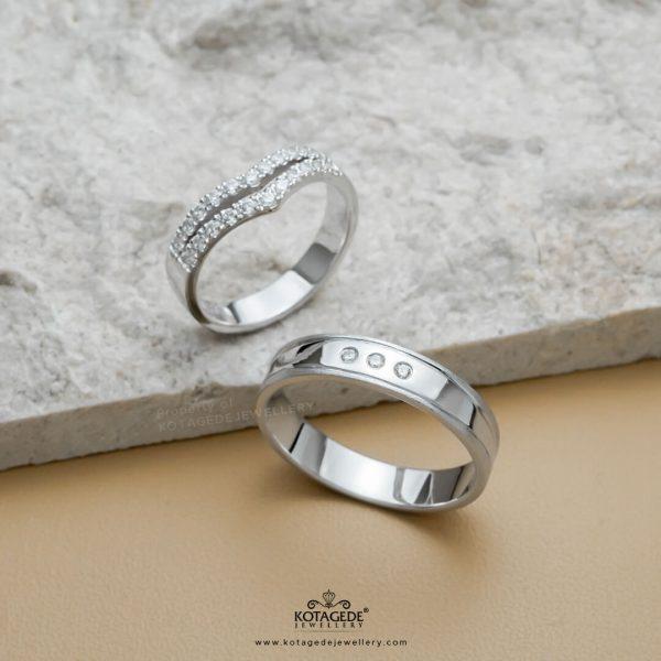 Cincin Kawin Tunangan Elegan Platidium Emas Putih PTD0365WG
