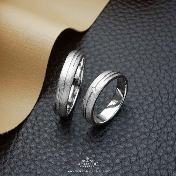 Cincin Kawin Tunangan Emas Platidium Emas Putih PTD0364WG
