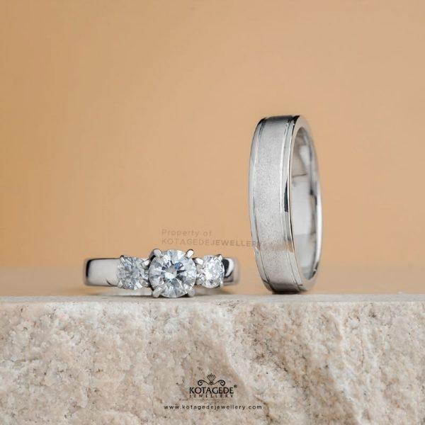 Cincin Kawin Tunangan Platidium Emas Putih PTD0424WG