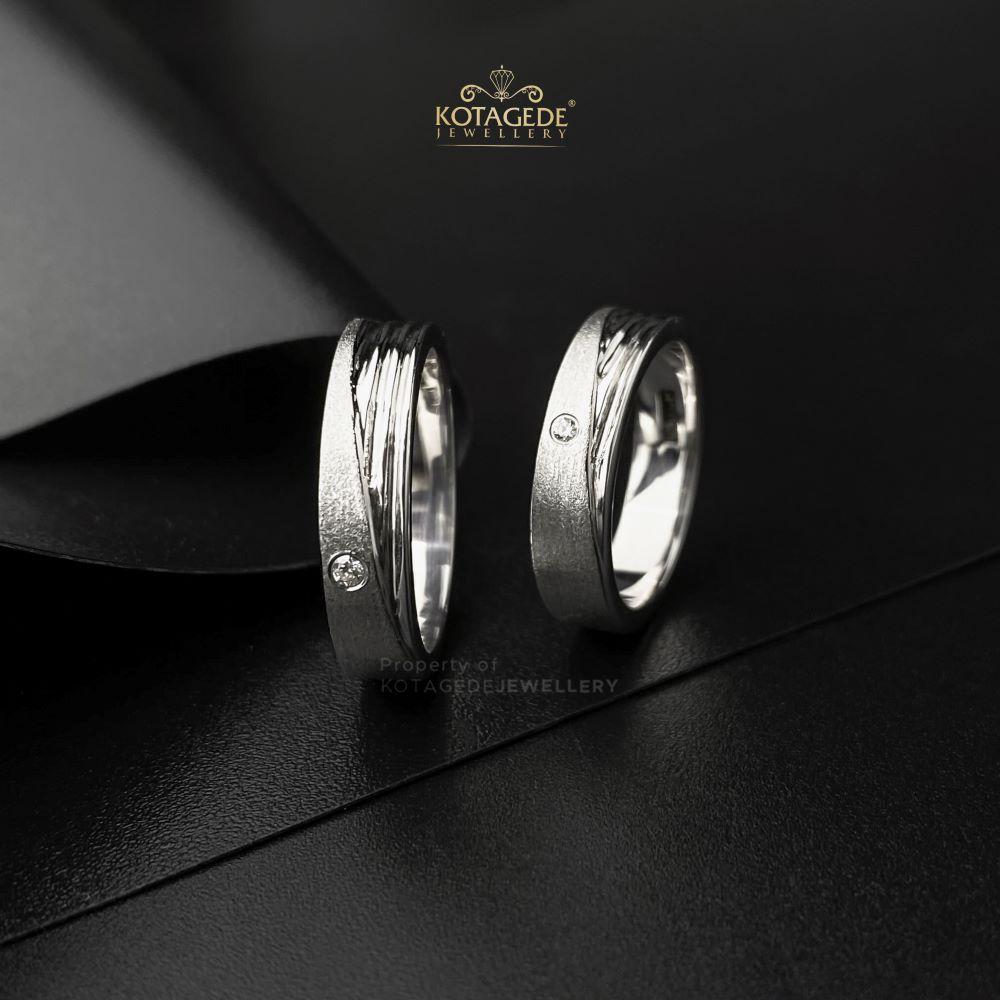 Cincin Kawin Tunangan Platidium Emas Putih PTD0461WG